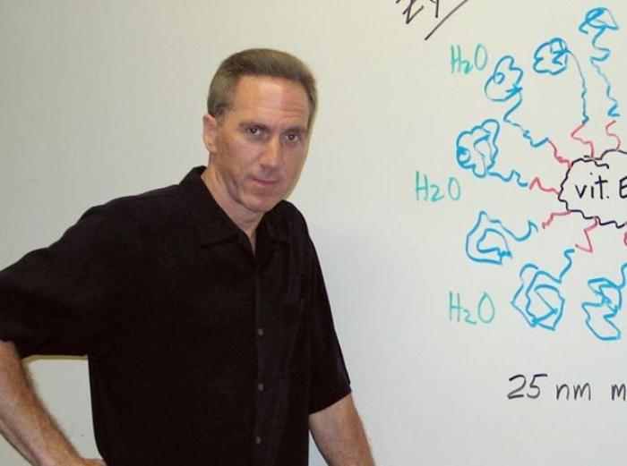 Dr. Bruce Lipshutz